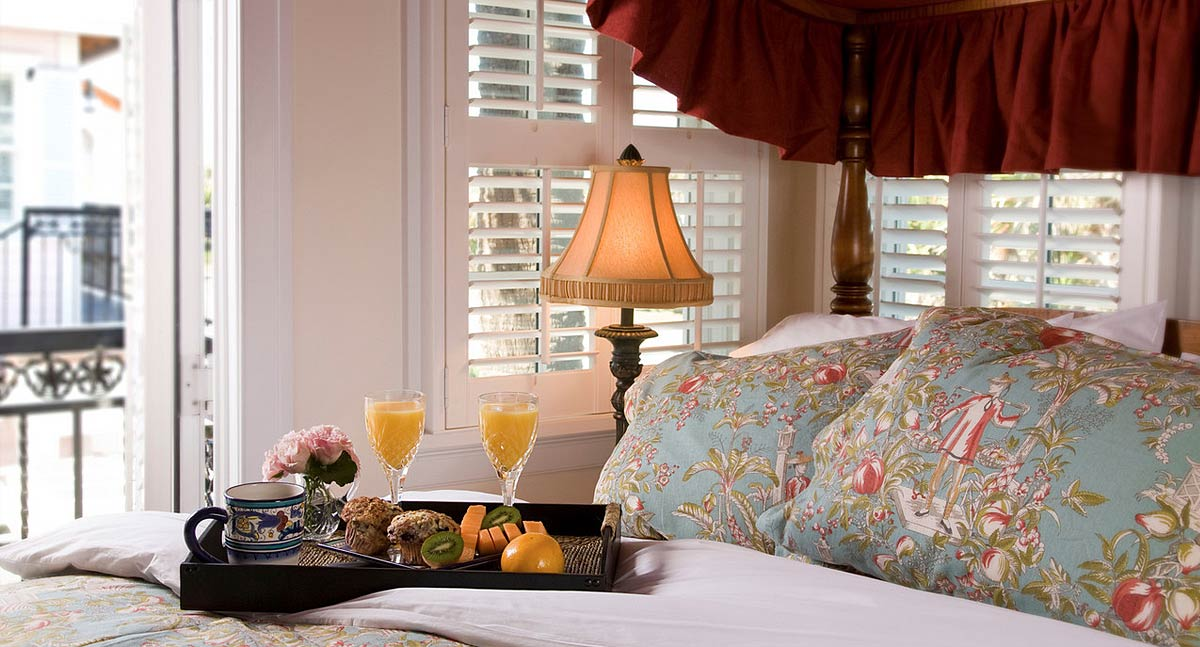 Melbourne Beach FL Hotels - Breakfast in Bed