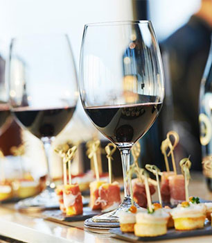 Wine & Cheese Hour at Port d'Hiver