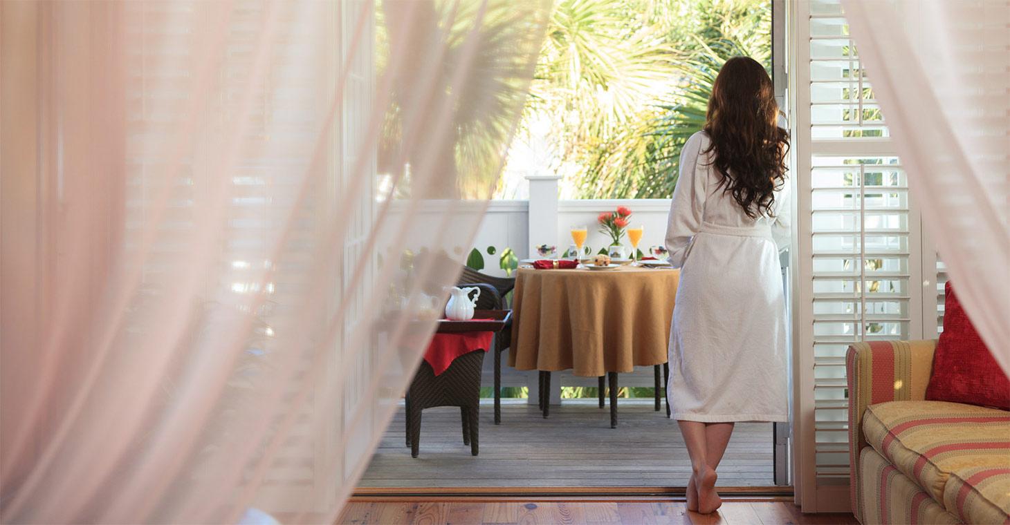 Hotel in Melbourne Beach, FL - room overlooking the ocean