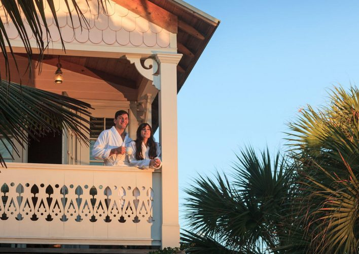 Sunrise Room - couple on the balcony