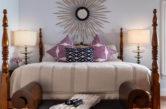 Dianne's Room King Bed