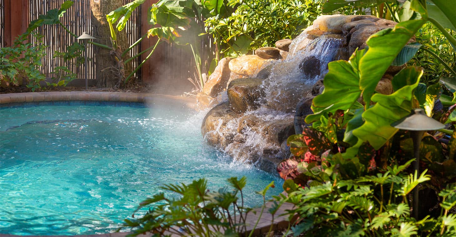 Outdoor fountain pool