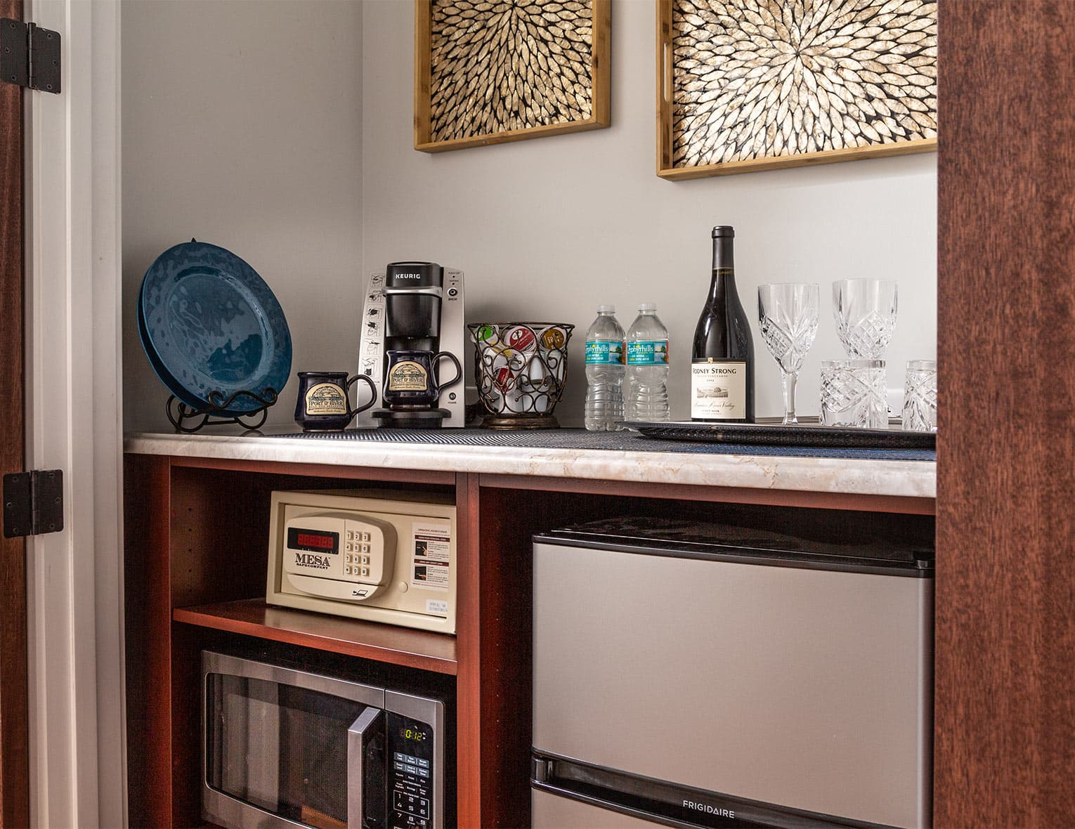 Melbourne Beach Hotel Guest Pantry