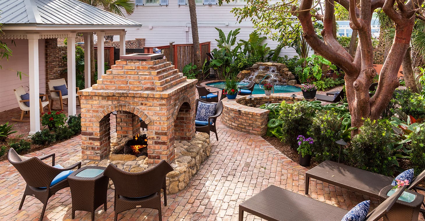 Hotel in Melbourne Beach, FL Outdoor Fire Pit During day